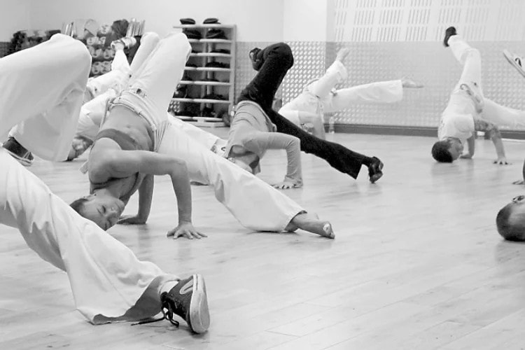 Capoeiraflow Group Classes